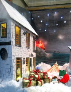 Penzacec Christmas shop window design